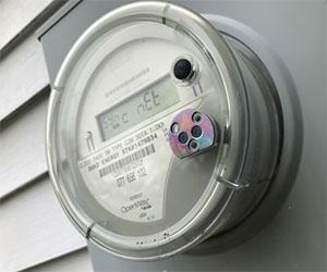 تأثیر نوسان ولتاژ در میزان مصرف برق و استابلایزر سروو موتوری